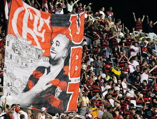 faixa adriano flamengo (Foto: Wagner Meier/Foto Arena/Agência Estado)