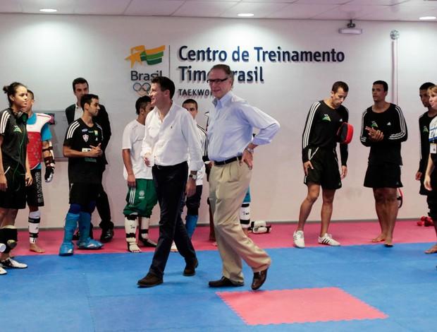 sebastian coe Marcio nuzman   (Foto: Reuters)