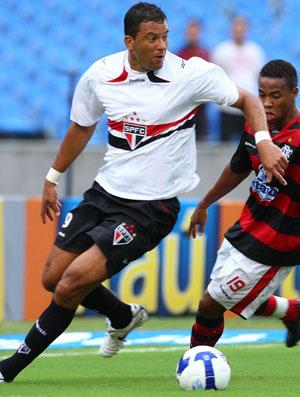 Washington,  Flamengo x São Paulo (Foto: Ivo Gonzalez/O Globo)