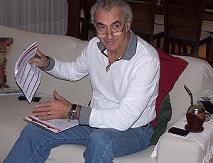 Jorge Fossati, técnico do Internacional