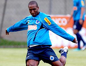 Gilberto durante o treino do Cruzeiro