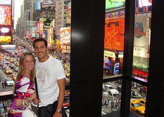 Julio Cesar e a esposa, Susana Werner, em Nova York