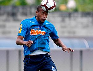 Thiago Heleno durante o treino do Cruzeiro