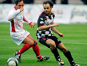 Massa jogando futebol em Mônaco