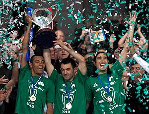 Gilberto Silva, campeão pelo Panathinaikos
