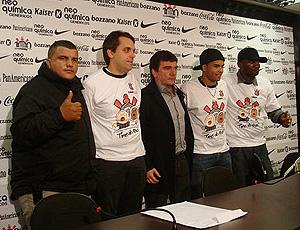 Andrés Sanchez, Dentinho e Andrés, Dentinho e Rappin Hood,  coletiva Corinthians