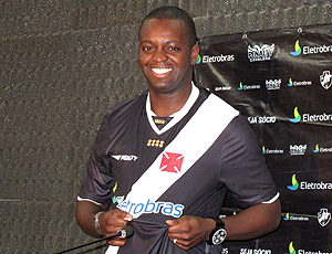 Apresentação de Zé Roberto no Vasco