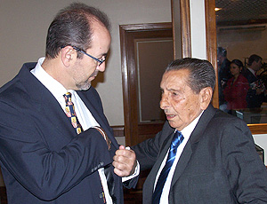 De León e Ghiggia, durante o evento Encontros do Esporte
