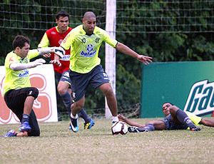 Adriano no treino do Flamengo