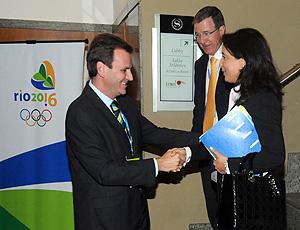 Eduardo Paes se reúne com representantes do COI