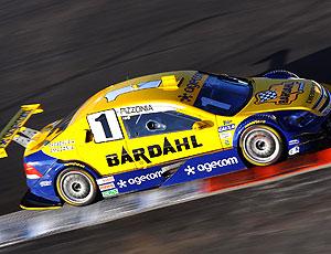 Antonio Pizzonia acelera fundo nas pistas