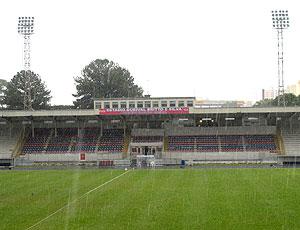 Vila Capanema estádio (Foto: Leandro Canônico / GLOBOESPORTE.COM)