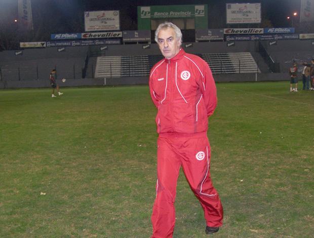 Fossati no treino do Internacional em Quilmes