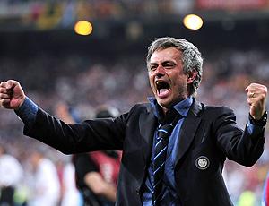 Mourinho vibra com o título da liga dos campeões do Internazionale