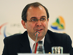 Xavier Gonzales na reunião do COI