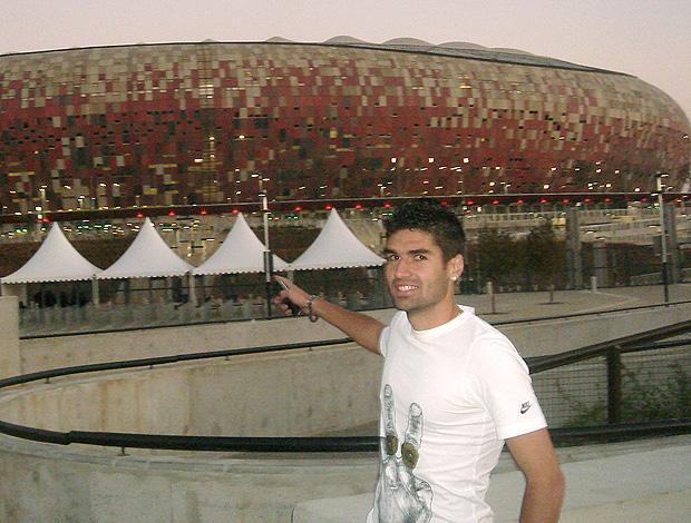 Fabrício Rodrigues volta ao Soccer City um dia após fazer o primeiro gol do estádio