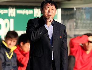 Kim Jong-hun, técnico da Coreia do Norte
