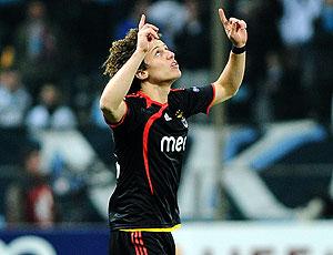 David Luiz comemora pelo Benfica