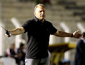 Toninho Cecílio, treinador do grêmio Prudente