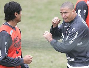 ronaldo  e escudero, treino corinthians