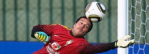 julio cesar treina com a bola nova, seleção brasileira