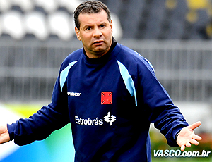 Celso Roth no treino do Vasco