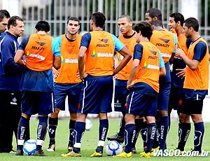 Celso Roth no treino do Vasco