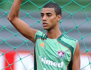 Alan no treino do Fluminense