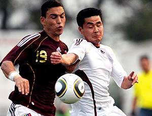 Kim Myong-Won, em ação pela Coreia do norte