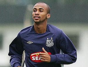 Wesley no treino do Santos