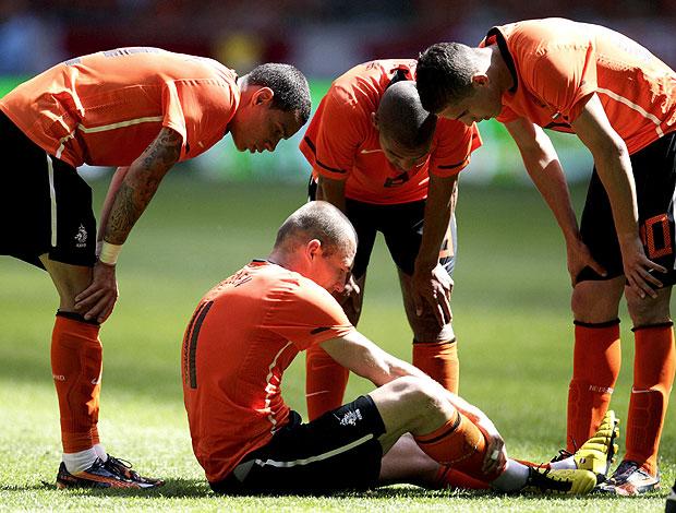 Robben caído no amistoso da Holanda