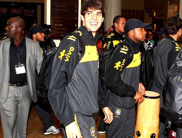 desembarque seleção brasileira kaka