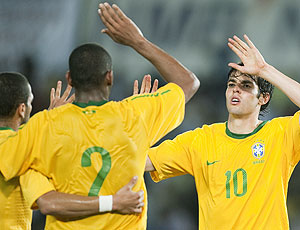 Kaká comemora gol Brasil amistoso