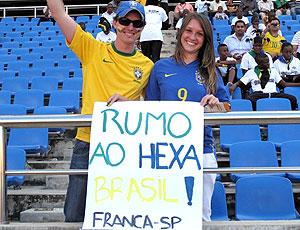 torcedores do Brasil no amistoso contra a Tanzânia