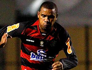 Álvaro, não joga mais pelo Flamengo