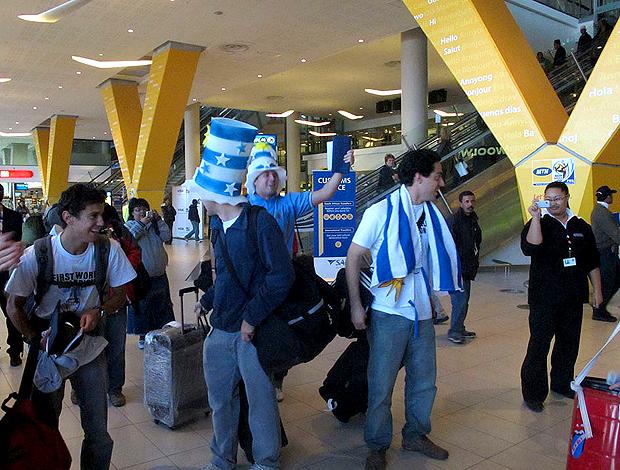 Torcedores uruguaios chegam na Cidade do Cabo