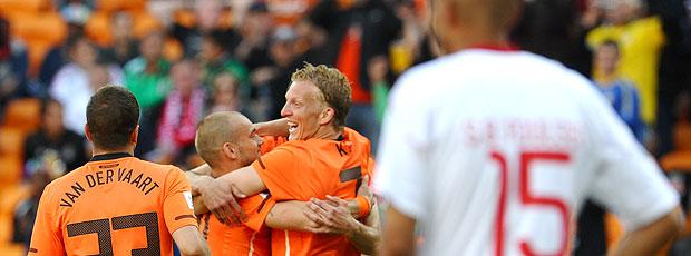 Holanda comemoração jogo Dinamarca