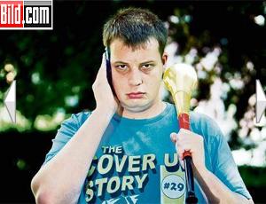 alemão vítima de vuvuzela