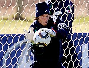 Federico Marchetti treino Itália