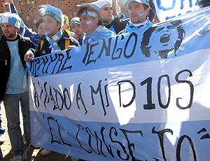 Torcedores Argentinos no jogo contra Coréia do Sul