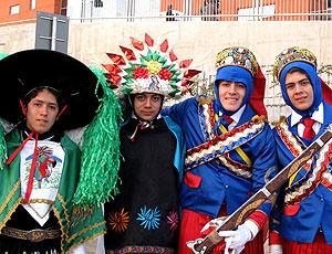 Mexicanos encenam batalha de Puebla