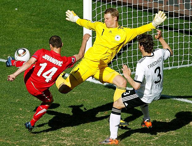 Jovanovic gol Sérvia contra Alemanha