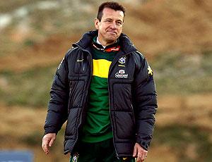 Dunga no treino da seleção brasileira