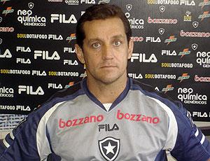 Eduardo Fontes preparador físico Botafogo
