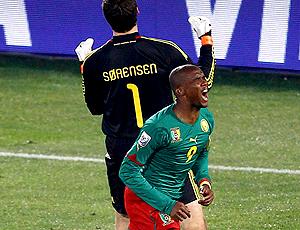 Eto´o  gol Camarões jogo Dinamarca