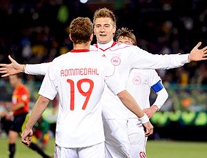 Nicklas Bendtner gol Dinamarca