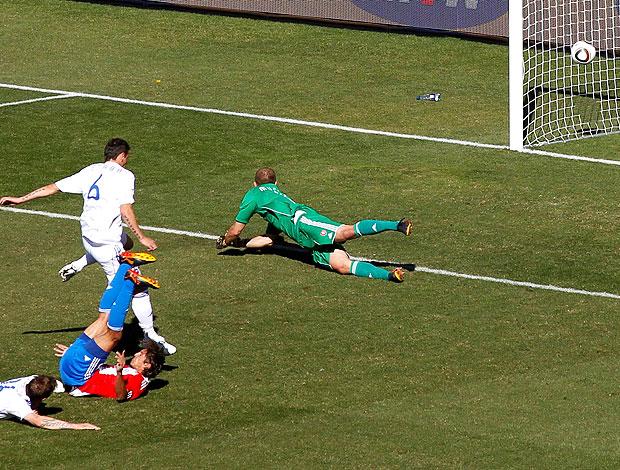 Enrique Vera gol jogo Paraguai contra Eslováquia
