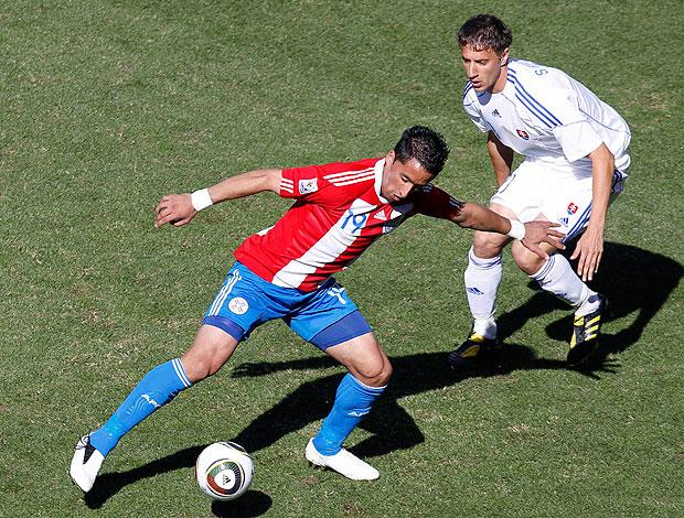 Lucas Barrios jogo Paraguai contra Eslováquia