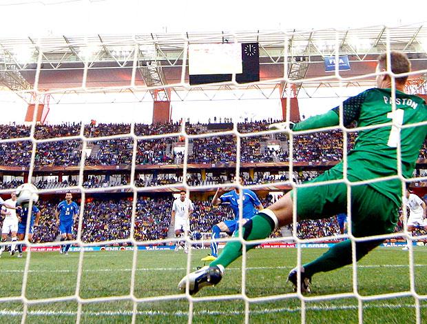 Vincenzo Iaquinta gol Itália contra Nova Zelândia