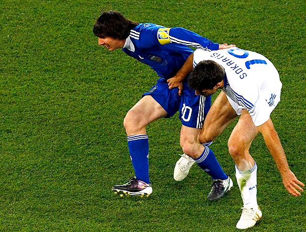 Messi Papastathopoulos argentina x grécia